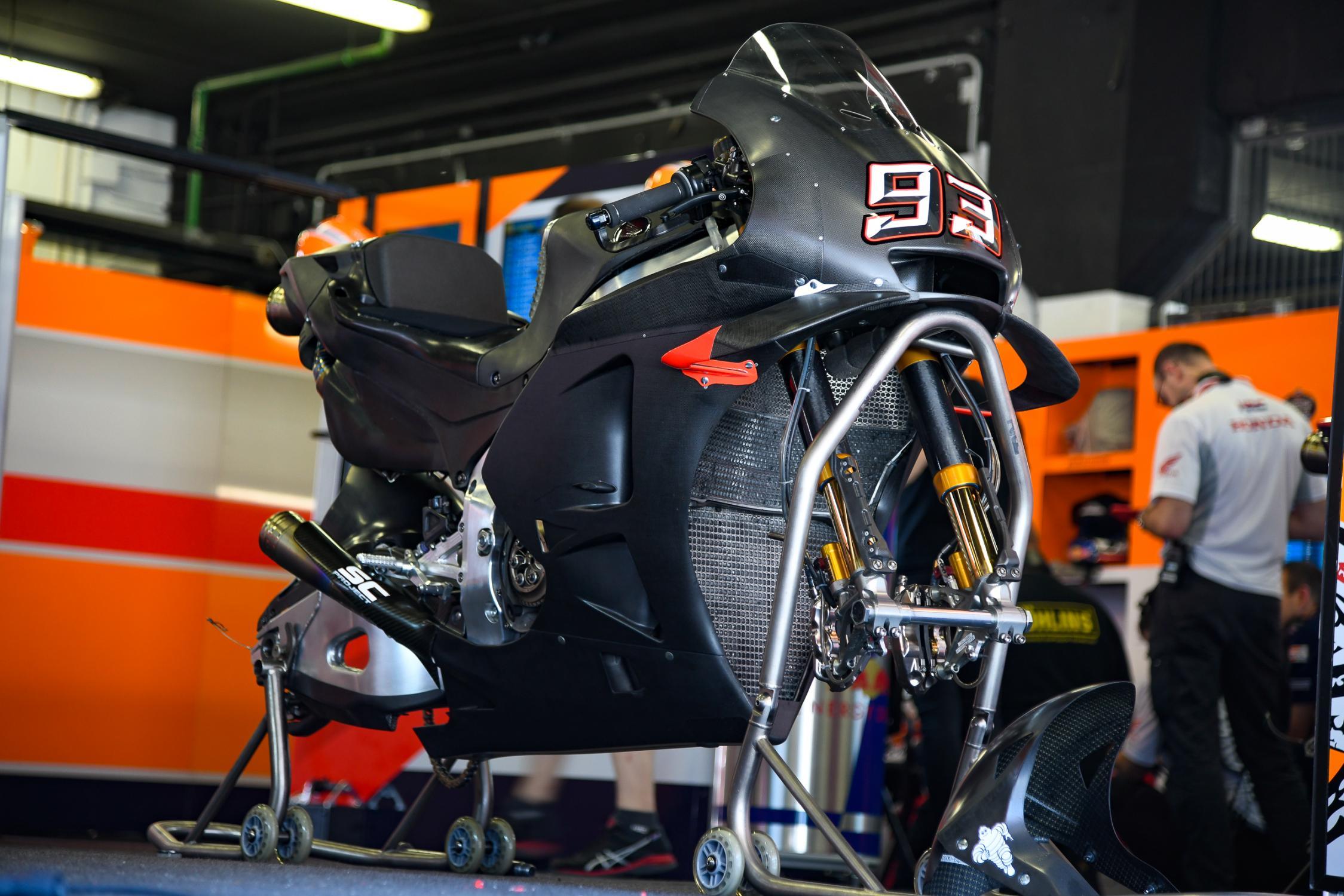 MOTO GP 2019 COMPÉTITIONS - Page 3 Motogp_test_catalogne_marquez