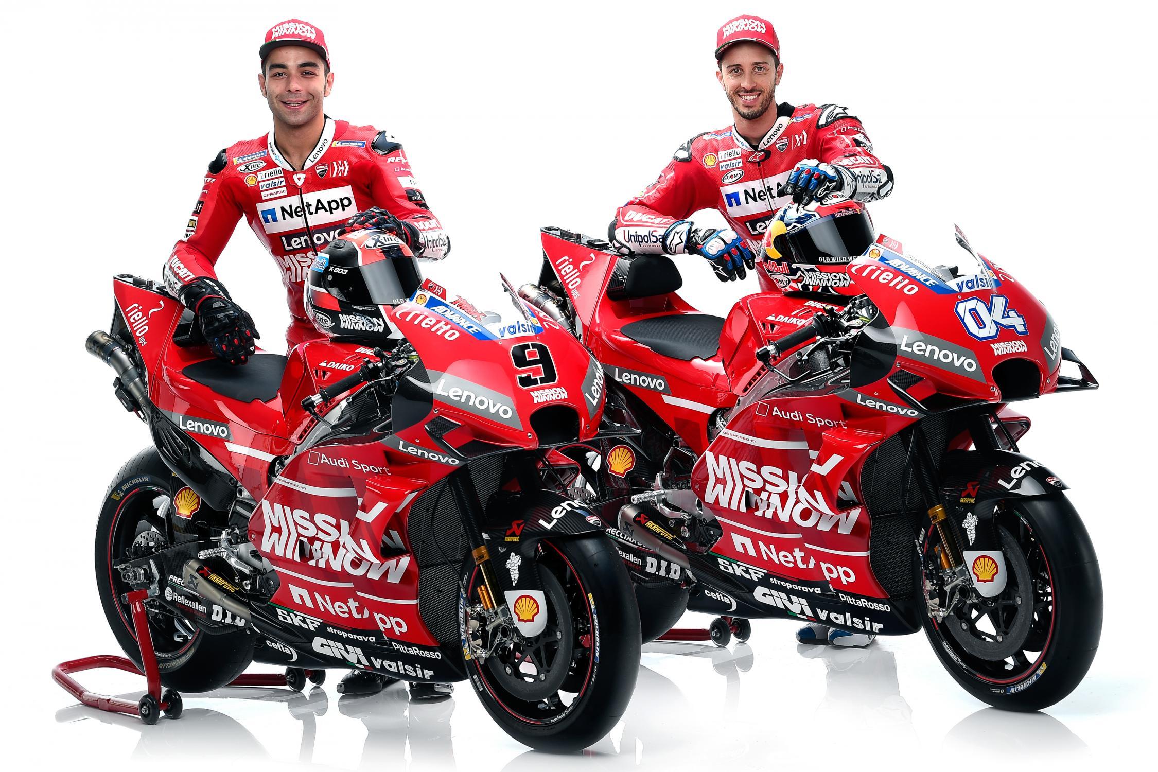 MOTO GP 2019 COMPÉTITIONS - Page 4 Ducati-gp19-dovizioso-petrucci-presentation-2