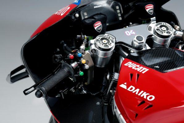 MOTO GP 2019 COMPÉTITIONS - Page 4 Ducati-gp19-presentation-details-597x398
