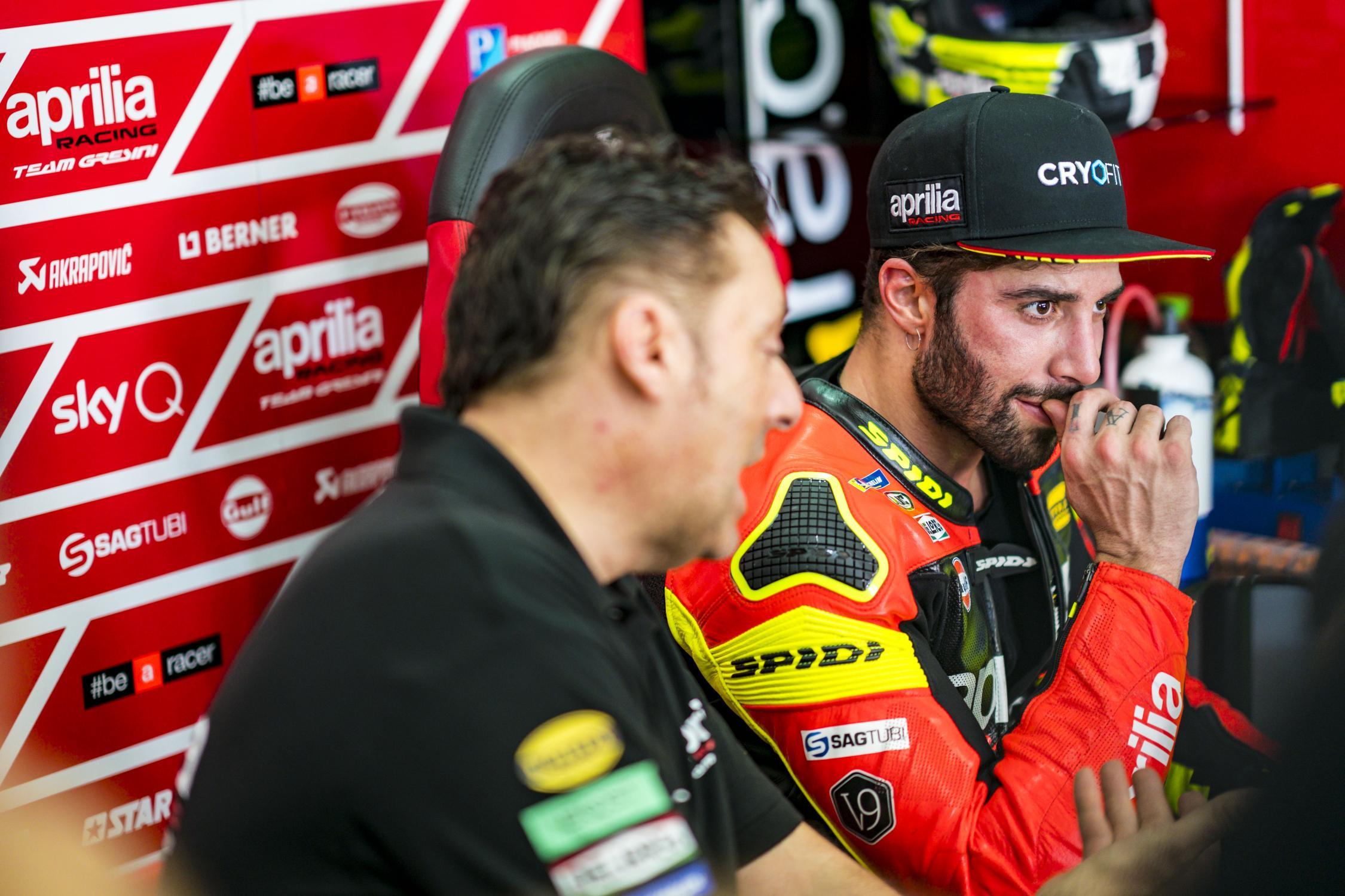 MOTO GP TESTS 2019 - Page 3 Andrea-iannone-sepang-test-motogp-2019-box