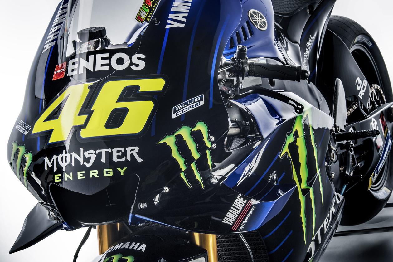 MOTO GP 2019 COMPÉTITIONS - Page 4 Valentino-rossi-yamaha-m1-presentation-2019