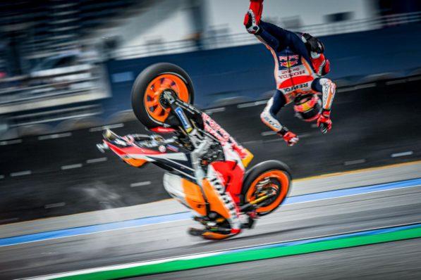 MOTO GP : GRAND PRIX DE THAÏLANDE DU 4 AU 6 OCTOBRE 2019 Marc-marquez-thailande-crash-motogp-fp1-2019-1-597x398