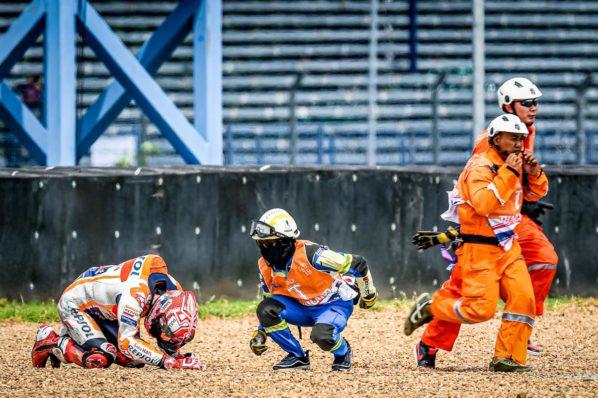 MOTO GP : GRAND PRIX DE THAÏLANDE DU 4 AU 6 OCTOBRE 2019 Marc-marquez-thailande-crash-motogp-fp1-2019-7-598x398